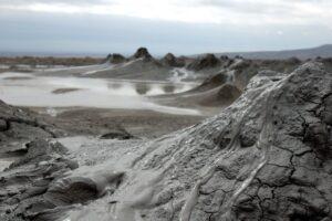грязевой вулкан 1